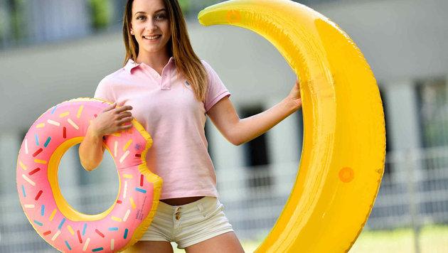 Donuts und Banane nimmt man ab sofort mit zum nächsten Badevergnügen. (Bild: Markus Wenzel)