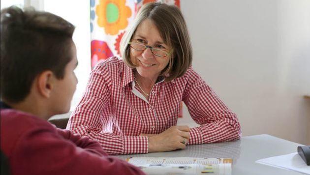 Susanne Anzengruber hilft - kostenlos, aber nicht umsonst (Bild: Diakoniewerk)