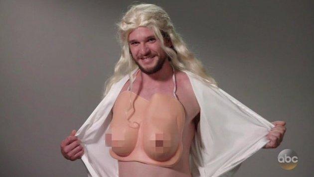 Kit Harington spricht als Daenerys vor. (Bild: youtube.com/Jimmy Kimme Live)