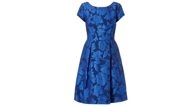 Azurblaues Kleid mit Brokatmuster (Bild: Peek & Cloppenburg)