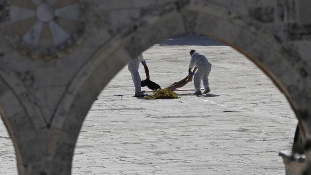 Einer der getöteten Angreifer (Bild: AFP)