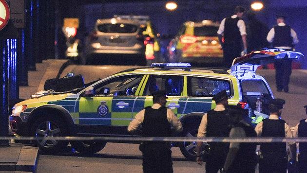 Angriff auf Polizisten vor Buckingham-Palast (Bild: AFP (Symbolbild))