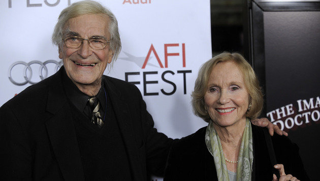 "Martin Landau mit seiner ""North by Northwest""-Filmpartnerin Eva Marie Saint (Bild: AP2009)"