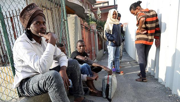 Flüchtlinge in Südtirol (Bild: AFP)