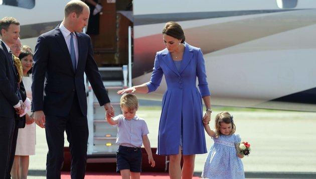 Prinz William und Herzogin Kate sind mit den Kindern in Berlin gelandet. (Bild: AFP)