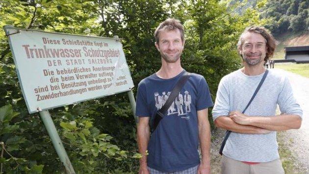 """Hatten die ökologische Bauaufsicht: Bio-Ingenieure Thomas Eberl (li.) & Roland Kaiser von """"Ennacon"""". (Bild: Markus Tschepp)"""