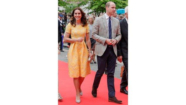 William und Kate spazieren durch Heidelberg (Bild: EPA)