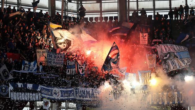 Schlimm! Ausschreitungen bei Europa-League-Quali (Bild: GEPA)
