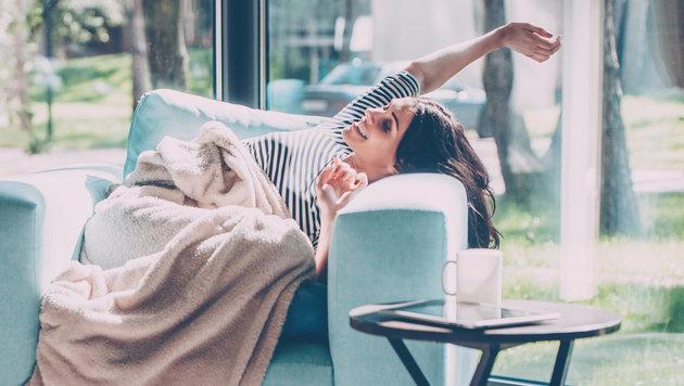 Wie Sie zu Hause richtig enstpannen können (Bild: thinkstockphotos.de)