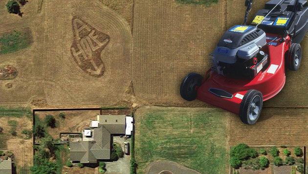 Google Earth enthüllt Nachbarschaftsstreit (Bild: Google Maps, thinkstockphotos.de, krone.at-Grafik)