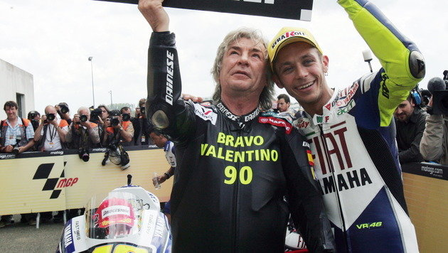 Angel Nieto (links) 2008 mit Valentino Rossi (Bild: AFP)