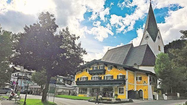 In Neukirchen gibt es zwei Chaletsiedlungen: Bgm. Peter Nindl befürchtet keine Nachteile dadurch. (Bild: Kreidl)