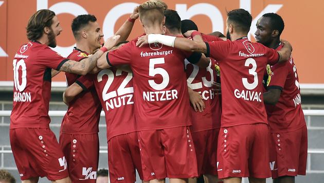 """Schweizer jammern: """"Sogar Ösis haben uns überholt"""" (Bild: APA/HANS PUNZ)"""