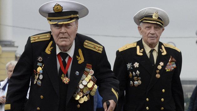 Bei den Feierlichkeiten waren auch zahlreiche Veteranen anwesend. (Bild: AFP)