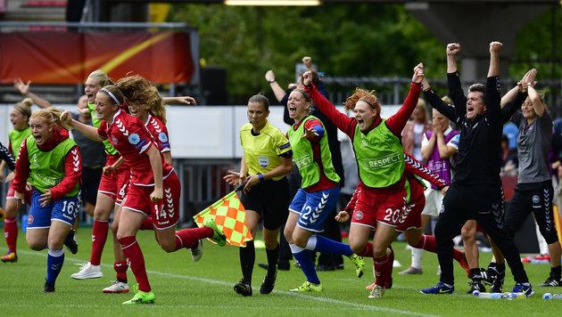 """Däninnen motiviert: """"Wir wollen Revanche nehmen!"""" (Bild: AFP)"""