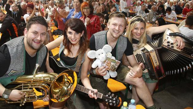 """Die Granaten sorgen für Steirer-Power beim Linzer """"Krone""""-Fest (18. + 19. August) am Pfarrplatz. (Bild: Uta Rojsek-Wiedergut)"""