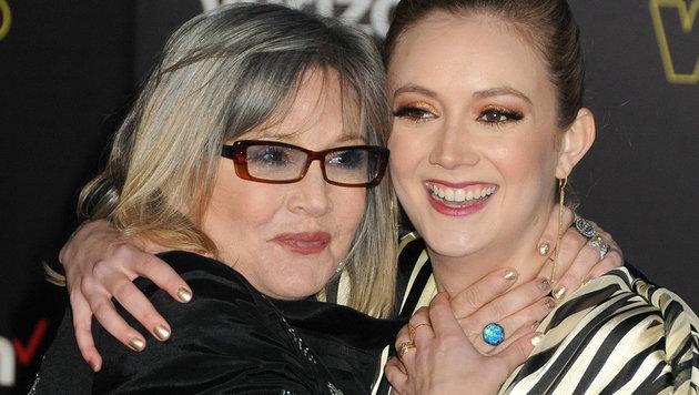 """Carrie Fisher und Tochter Lourd bei der Premiere von """"Star Wars: The Force Awakens"""" (Bild: AdMedia/face to face)"""