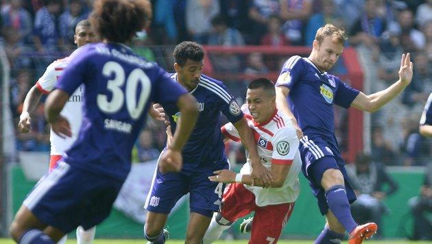 Blamage! HSV fliegt gegen Drittligisten aus Cup (Bild: EPA)