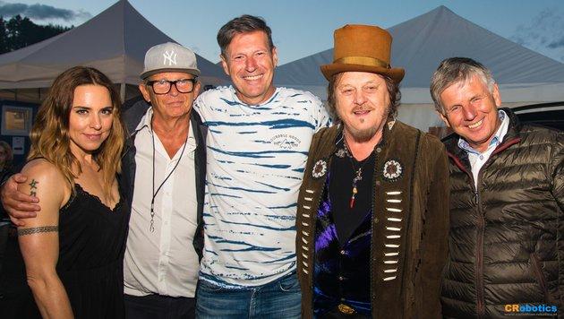 Zucchero und Mel C mit Bernd Rengelshausen(Showconnection), Veranstalter M. Leodolter, Bgm.Perdacher (Bild: Franz Habich)