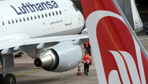 Air Berlin meldet Insolvenz an, Berlin gibt Kredit (Bild: APA/dpa/Bernd Thissen)