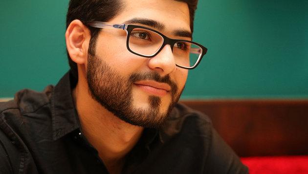 Die Grausamkeiten, die Masoud Aqil erlebt hat, spiegeln sich in seinem Gesicht nicht wider. (Bild: Zwefo)