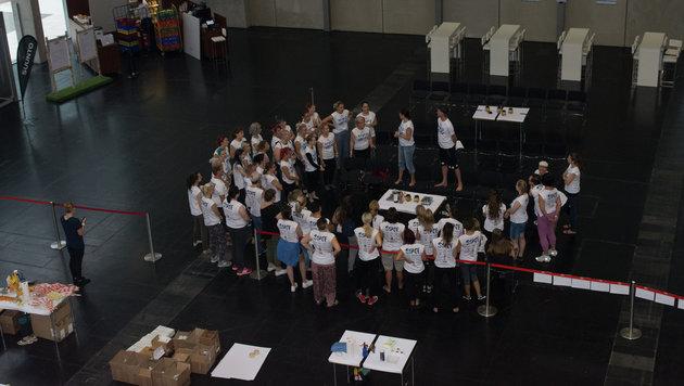 Bodypainting-Weltrekord für die Meere in Wien (Bild: Reefcalendar.org)
