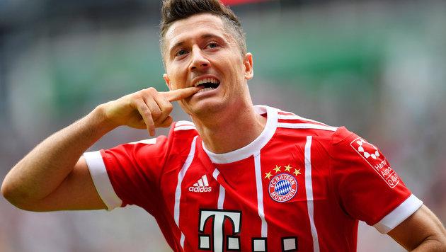 Lewandowski knallt Bayern in Bremen zum 2:0-Sieg! (Bild: AFP)