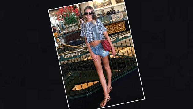 Ex-Tennis-Profi Daniela Hantuchova zeigt ihre laaaaaangen Beine - und ihren flachen Bauch. (Bild: Instagram)