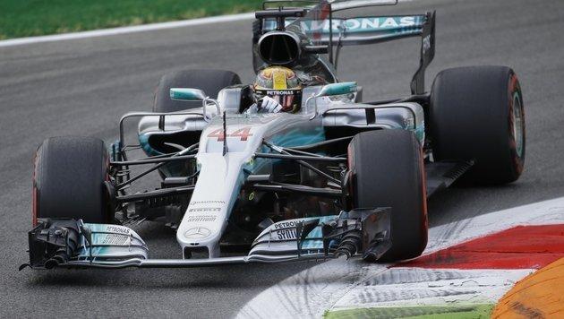 Hamilton deklassiert Vettel im ersten Training (Bild: AP)