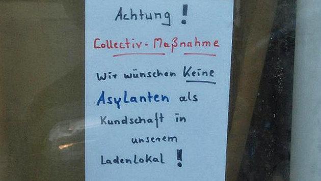 """Händlerin: """"Wir wünschen keine Asylanten"""" (Bild: krone.at-Grafik, Screenshot/pnp.de)"""