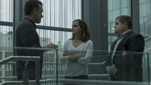 """Emma Watson ist gefangen in """"The Circle"""" (Bild: Universum Film)"""
