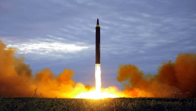 Test einer nordkoreanischen Mittelstreckenrakete (Bild: AFP)