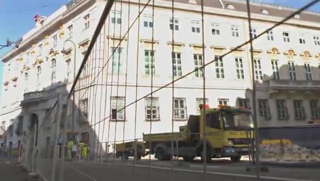 Baustopp für umstrittene Anti-Terror-Mauer (Bild: krone.tv)