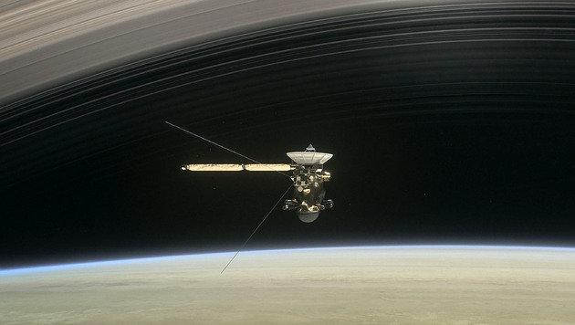 "Sonde ""Cassini"" soll am Freitag in Saturn stürzen (Bild: NASA/JPL-Caltech)"