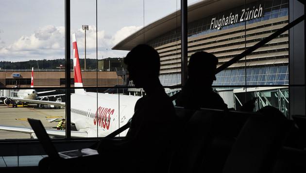 Flughafen Zürich führt Gesichtserkennung ein (Bild: AFP)