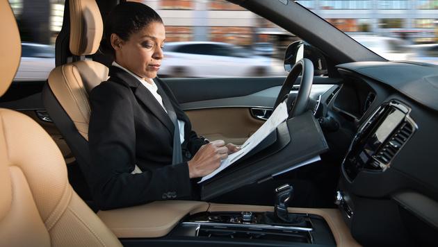 Nur jeder Vierte würde in autonomes Auto steigen (Bild: AFP)