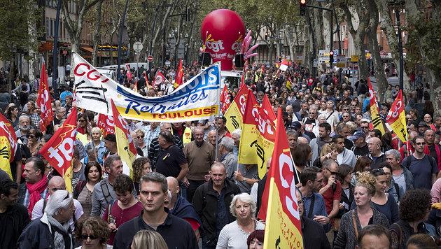 Massenproteste gegen Macrons Arbeitsmarktreform (Bild: AFP)