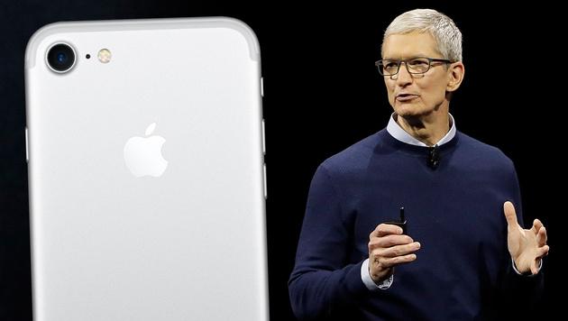 Alles zu iPhone X, iPhone 8 und Apple Watch (Bild: Apple, AP, krone.at-Grafik (Archivbilder))