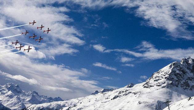 PC-7-Flugzeuge der Schweizer Armee bei der Ski-WM 2017 in St. Moritz (Bild: AFP)