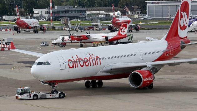 Air-Berlin-Crews melden sich wieder zur Arbeit (Bild: APA/dpa/Roland Weihrauch)