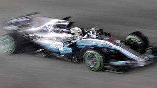 """Hamilton krallt sich von Ferrari """"verschenkten"""" GP (Bild: Associated Press)"""