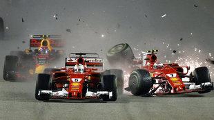 Wilde Startkollision ruiniert Rennen der Ferraris (Bild: AP)