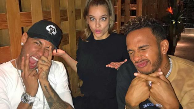Neymar, Hamilton - und mittendrin ein Supermodel (Bild: Instagram)