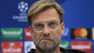 "Video: ""Zeitverschwendung!"" Klopp genervt bei PK (Bild: Associated Press)"