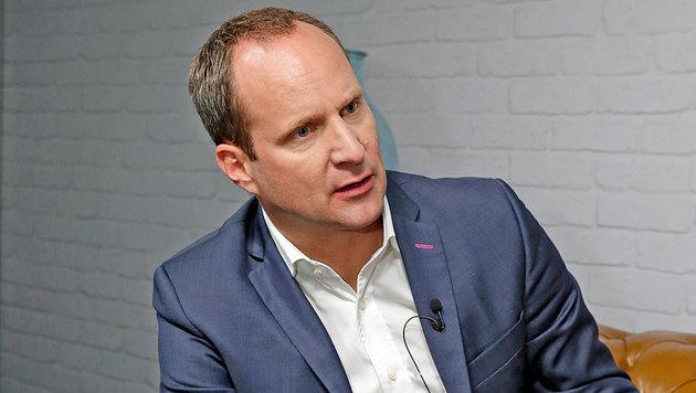 """NEOS-Frontmann will ein """"Stachel im Sitzfleisch"""" der Regierung sein. (Bild: Klemens Groh)"""