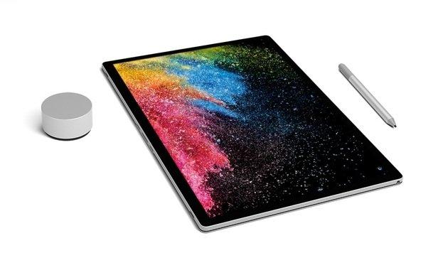 Mit Stift und Drehregler eignet sich das Surface Book 2 auch für Kreative. (Bild: Microsoft)