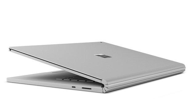Das Display des Surface Book 2 ist ein Tablet und kann von der Tastaturbasis gelöst werden. (Bild: Microsoft)