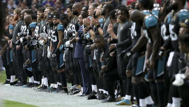 Hymnenprotest: Entschuldigung von Jacksonville (Bild: AP)