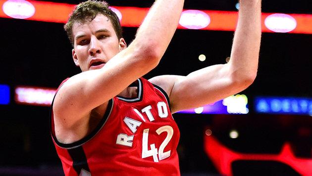 YES! Erstes Double-Double von Pöltl in der NBA (Bild: AFP)
