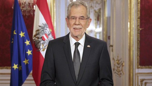 Der neue Stil des Bundespräsidenten (Bild: BUNDESHEER/PETER LECHNER)